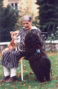 Dame mit Hunden_Frau mit Edesch